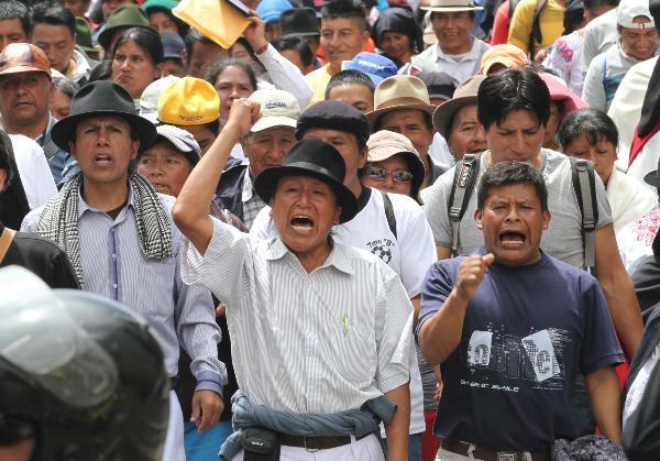 Las leyes aprobadas o en proyectos movilizan a los trabajadores e indígenas