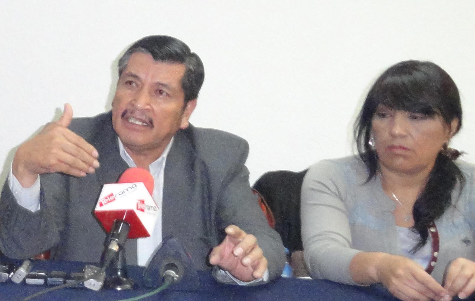 Cedocut denuncia al mundo persecución política del gobierno a la UNE